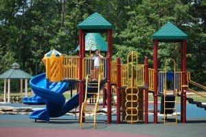 playground-439363_640